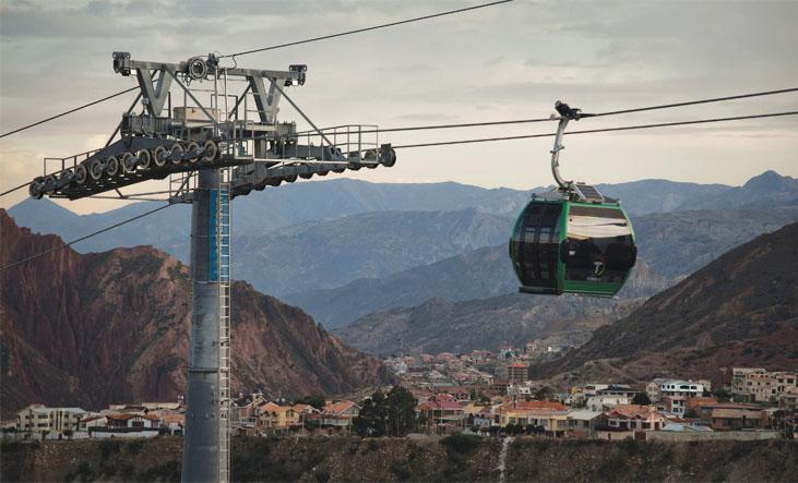 "Zelená linka ještě jednou.(foto:Empresa Estatal de Transporte por Cable ""Mi Teleférico"")"