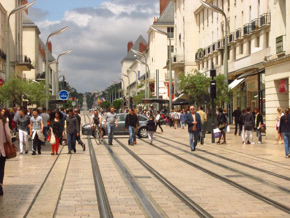 Ulice Rue Nationale v centru Tours. (foto: Ing. Filip Jiřík)
