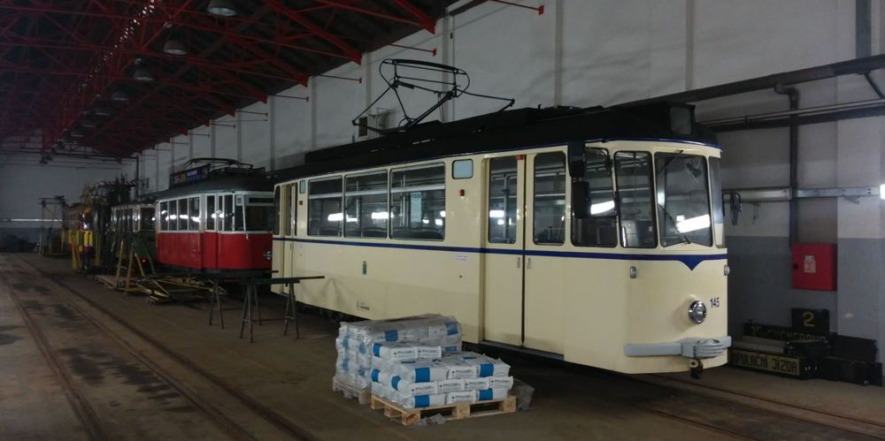 Německá tramvaj Gotha T2-62 ve společnosti dalších historických vozů Boveraclubu. (foto: Zdeněk Mazánek)