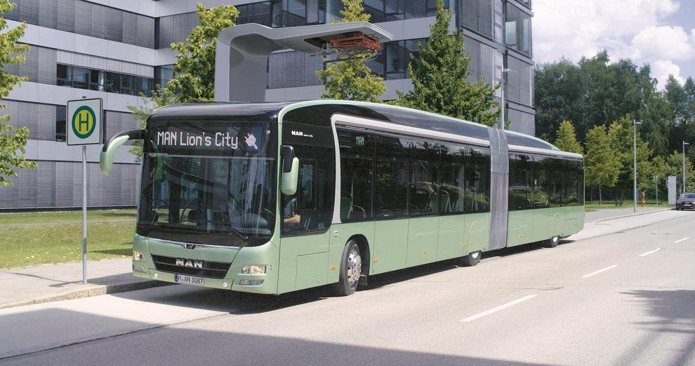 Na veletrhu IAA v Hannoveru v září 2016 představil MAN svůj koncept článkového elektrobusu. (foto: MAN Truck & Bus)