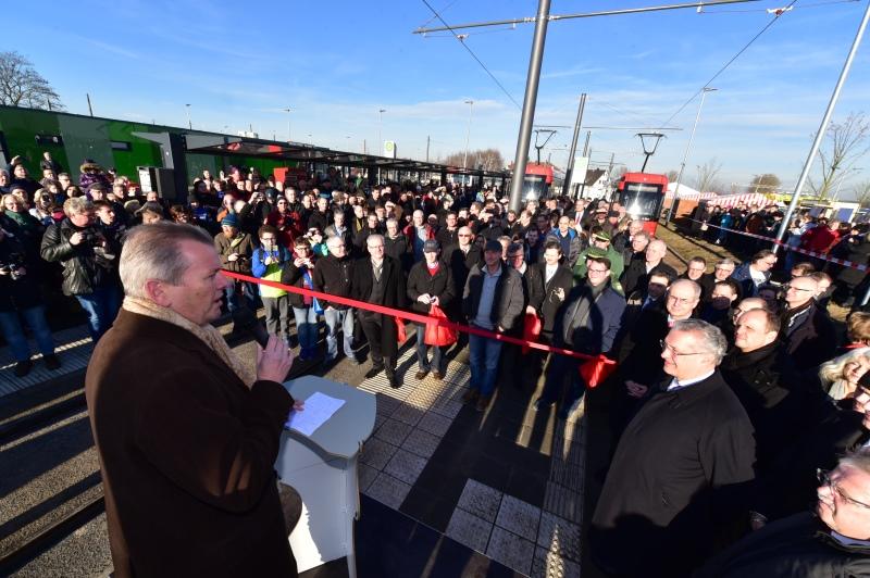 Slavnostní otevření nové tramvajové tratě v Norimberku. (foto: VGN)