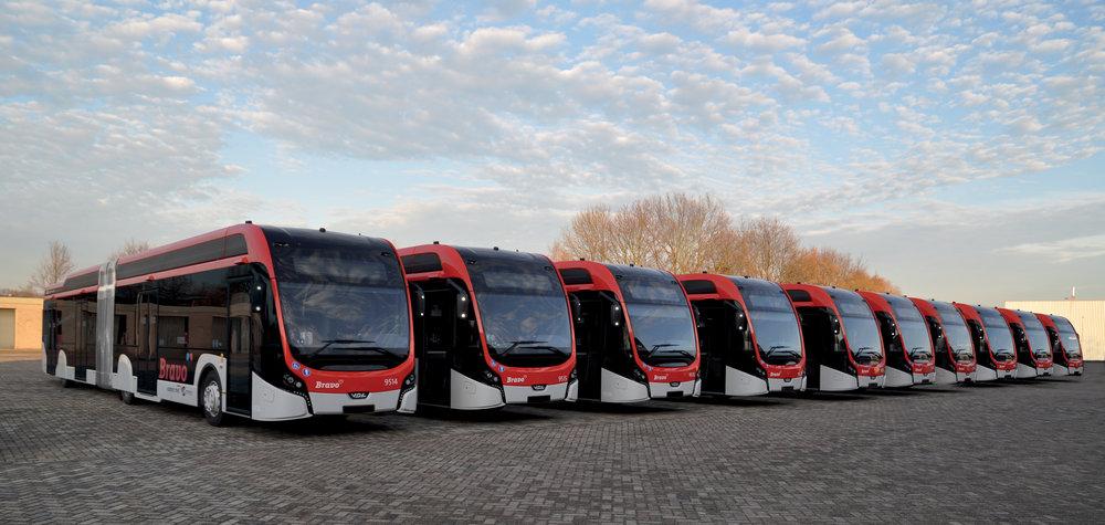 Část flotily nových elektrobusů VDL Citas SLFA Electric pro dopravce Hermes. (foto: VDL Bus & Coach)