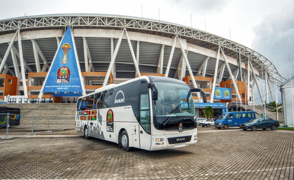 Autobus MAN Lion's Coach v Gabonu při Africa Cupu. (foto: MAN Truck & Bus)
