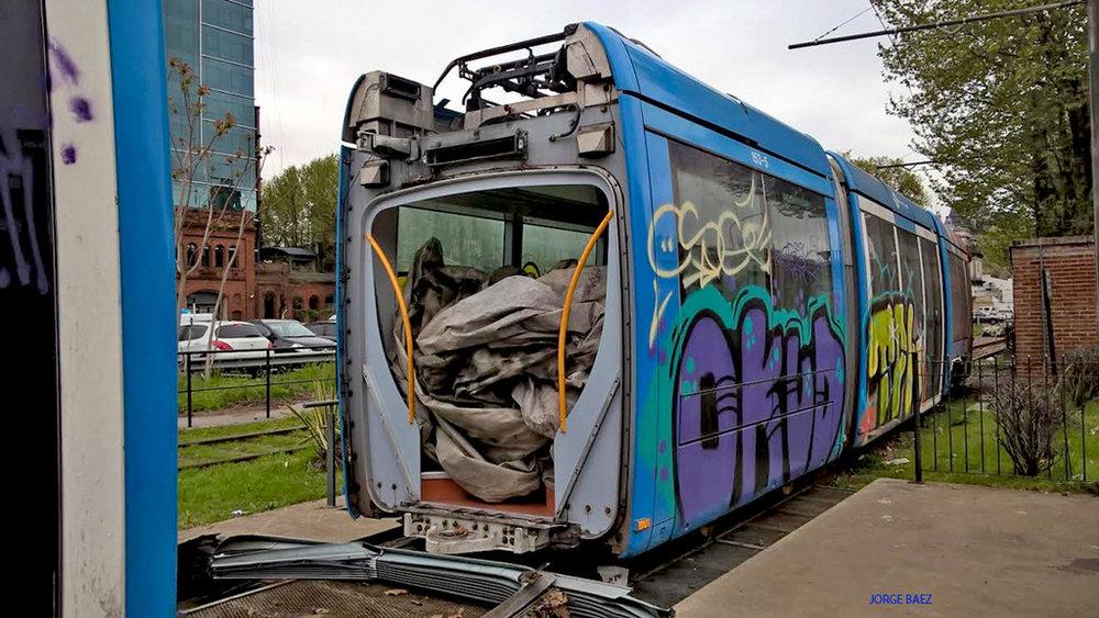 Alstom Citadis 302 se stěhuje. (foto: Jorge Baez)