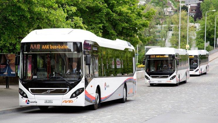 Hybridní Volvo nalezneme také ve službách dopravce AAR Bus+Bahn ve švýcarském městě Aarau. (foto: Volvo Buses)