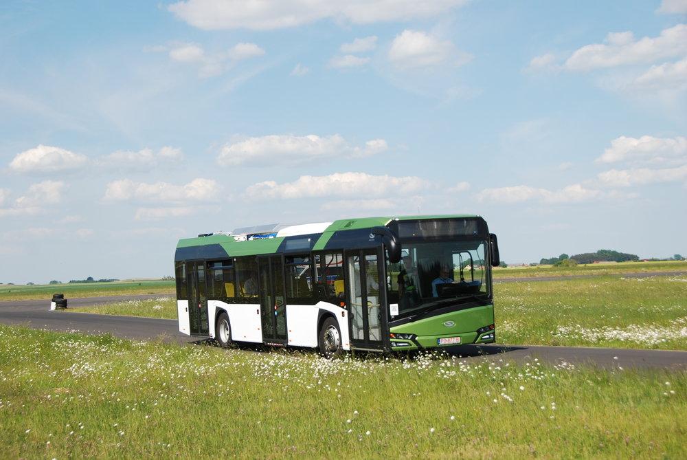 Hybrid od Solarisu s technologií BEA Systems během testovacích jízd pro novináře v rámci oslav 20. výročí společnosti Solaris Bus & Coach. (foto: Libor Hinčica)