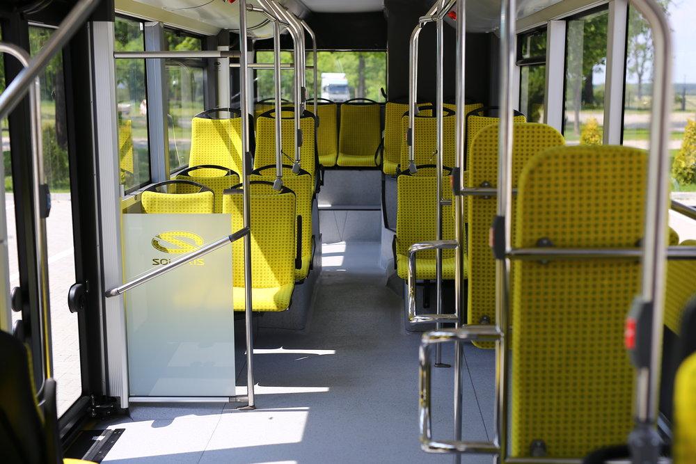 Pohled do interiéru hybridního New Urbina. (foto: Solaris Bus & Coach)