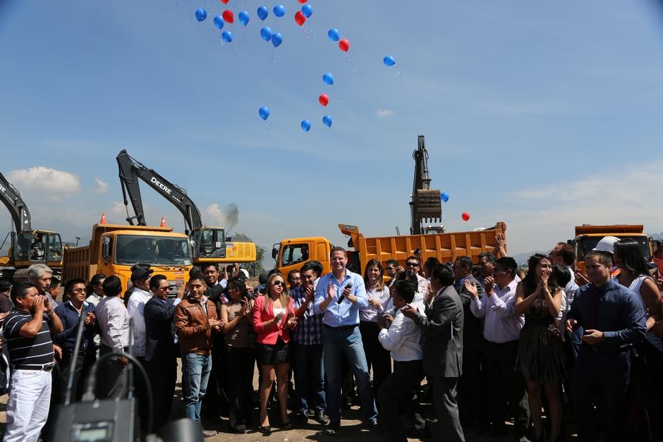 19. leden 2016: balónky vypuštěny, práce na druhé etapě začínají. (foto:Municipio del Distrito Metropolitano de Quito)
