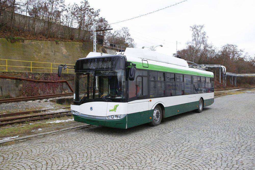 Trolejbus Škoda 26 Tr pro Plzeň v areálu Škody Electric v Doudlevcích. (foto: Škoda Electric)