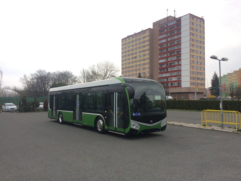 Druhý vyrobený elektrobus SOR ENS 12. (foto: Libor Hinčica)