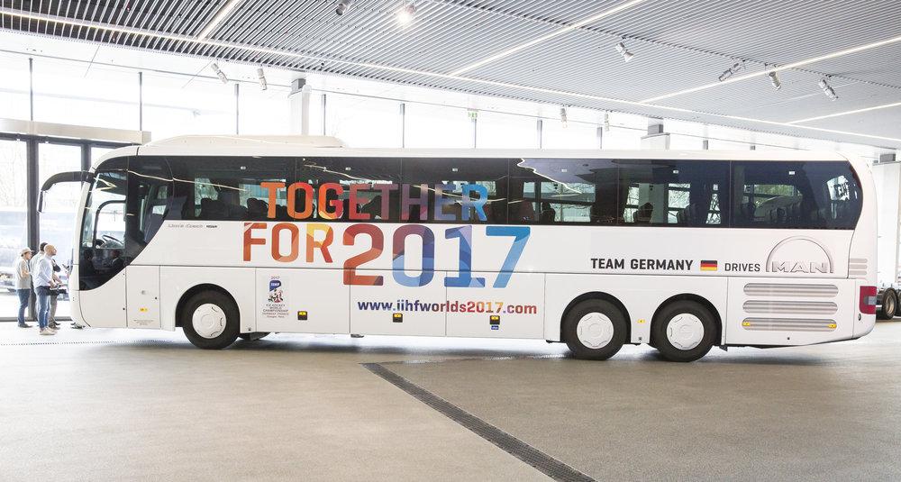 MAN Lion's Coach pro hokejové mistrovství světa. (foto: MAN Truck & Bus)