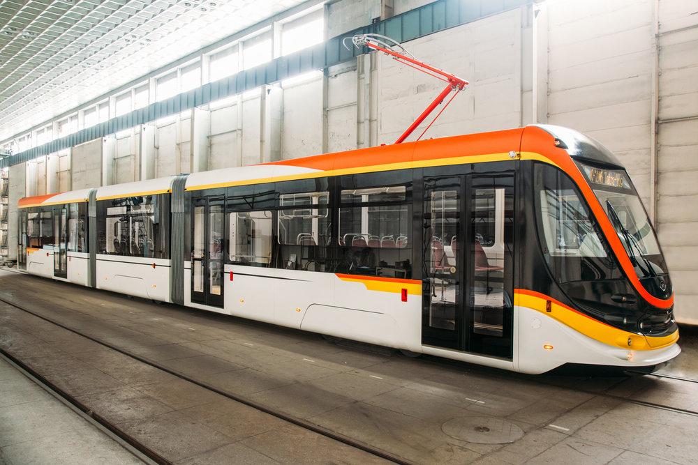 Tramvaj K-1M6 výrobce Tatra-Jug je částečně nízkopodlažní vůz se 70% podílem nízké podlahy. (foto: Tatra-Jug)