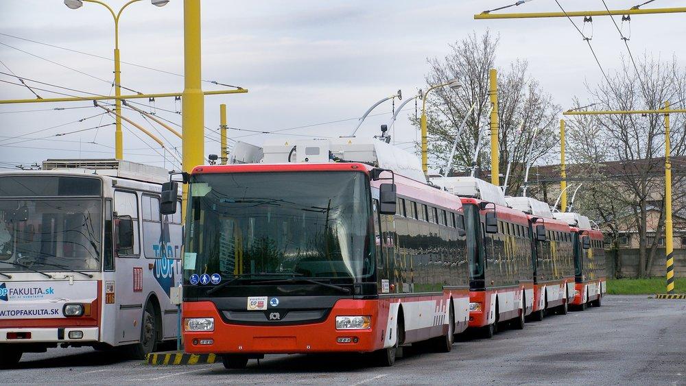 Nové trolejbusy Škoda 30 Tr SOR v Prešove. (foto: Dávid Hanušovský)
