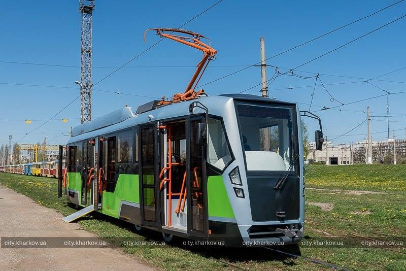 Vzhled nové modifikace modernizace tramvaje T3 v Charkově. (foto: město Charkov)