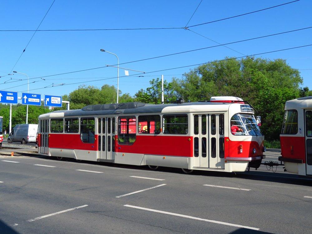 Pohled na vůz T3R.PLF budoucího ev. č. 8284. (foto: ČS Dopravák)