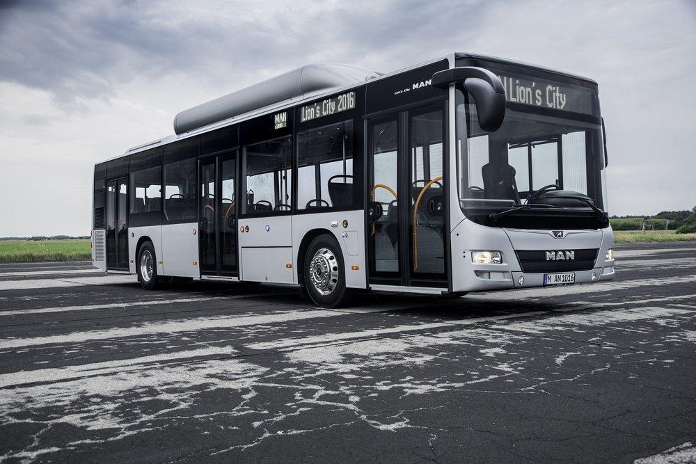 Tradičně nabízená podoba autobusu MAN Lion's City, zde v provedení s pohonem na CNG. (foto: MAN Truck & Bus)