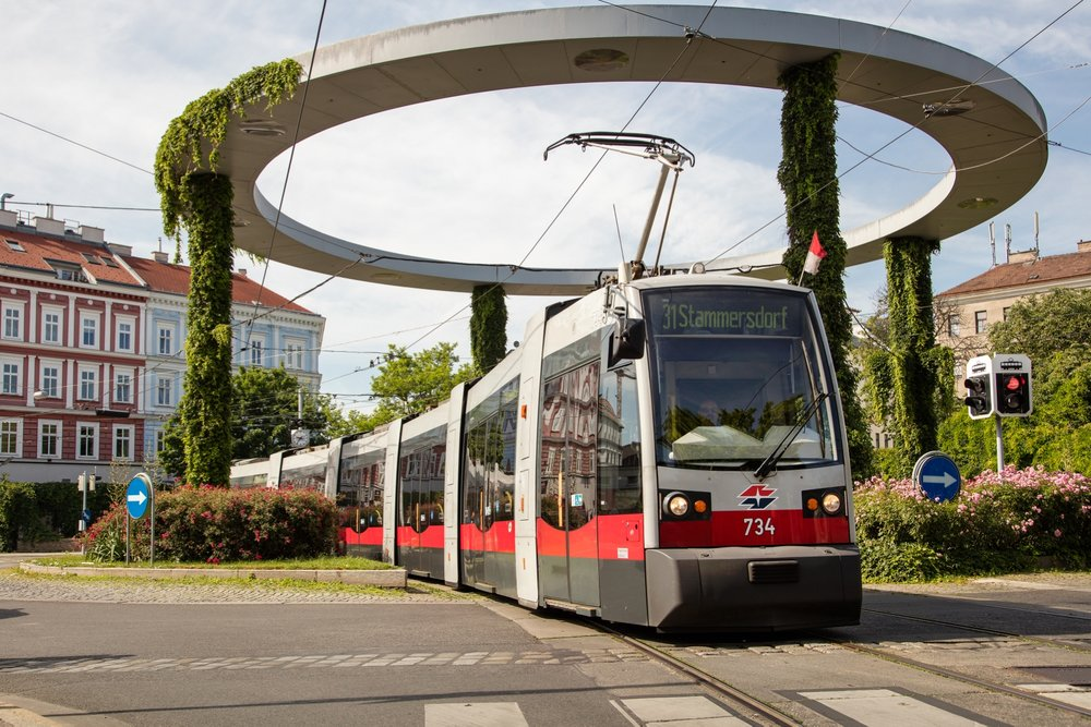 Tramvaje ULF jsou bezpochyby symbolem veřejné dopravy ve Vídni. (foto: Wiener Linien)