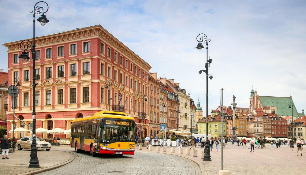 První elektrobus Solartis Urbino 12 electric je ve Varšavě nasazován na lince č. 222. (foto: Solaris Bus & Coach)