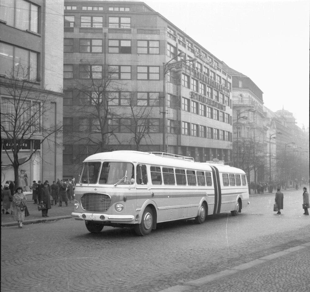Prototyp československého kloubového vozu Škoda 706 RTO-K. (zdroj: archiv Iveco Czech Republic)