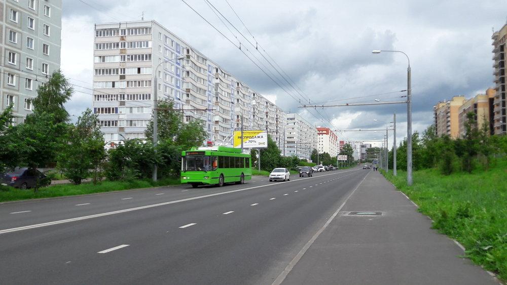 Trolejbus na lince č. 8 na jihu města.