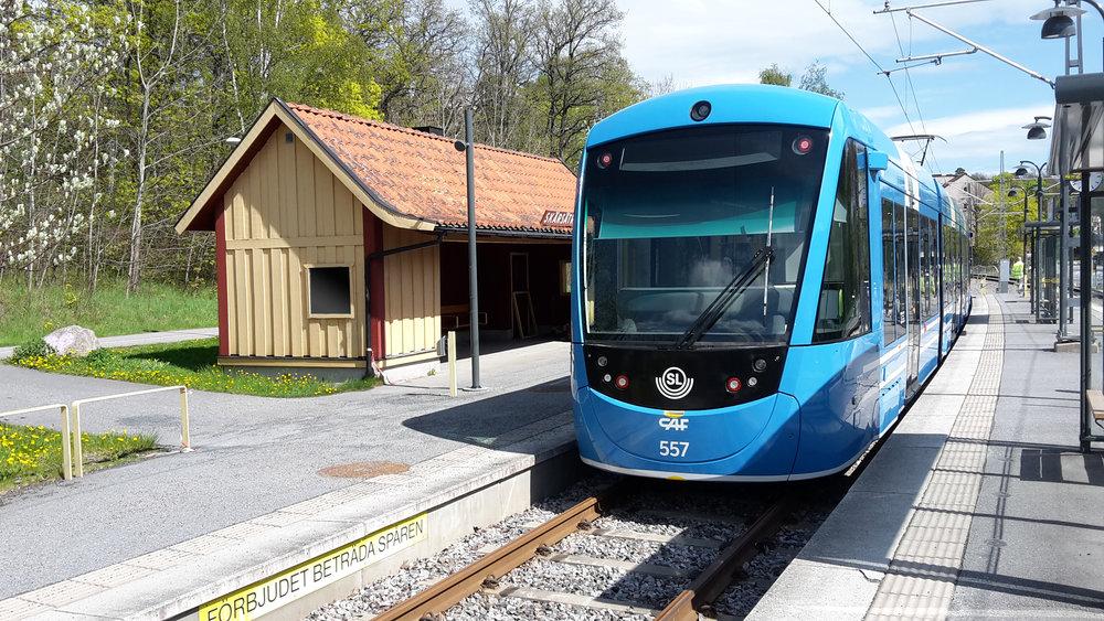 Tramvaj CAF Urbos AXL (A35) ve Stockholmu. (foto: CAF)