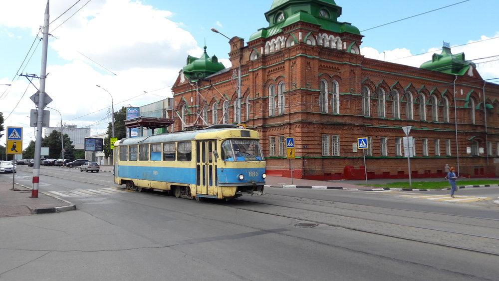 Služební T3SU ev. č. BB-5 byl zvěčněn u Leninova náměstí.