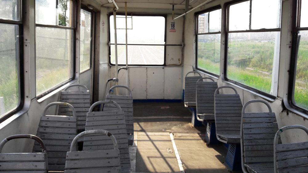 Některé tramvajové vozy jsou na tom s kvalitou bídně.