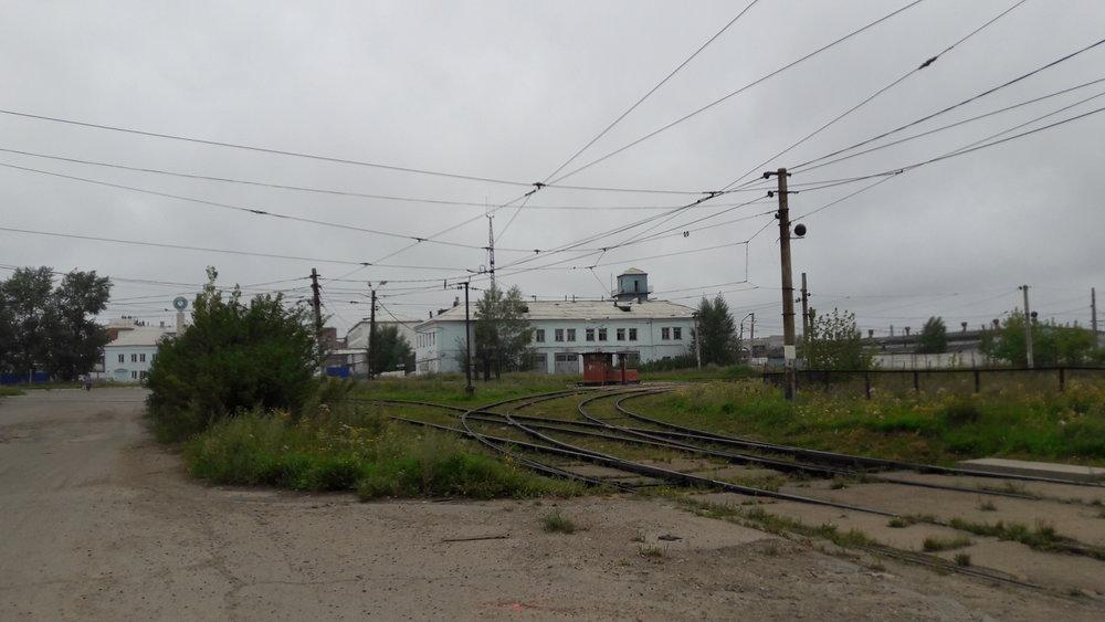 Kolejový trojúhelník byl v minulosti využíván velmi často, dnes po něm projede pár tramvají denně.