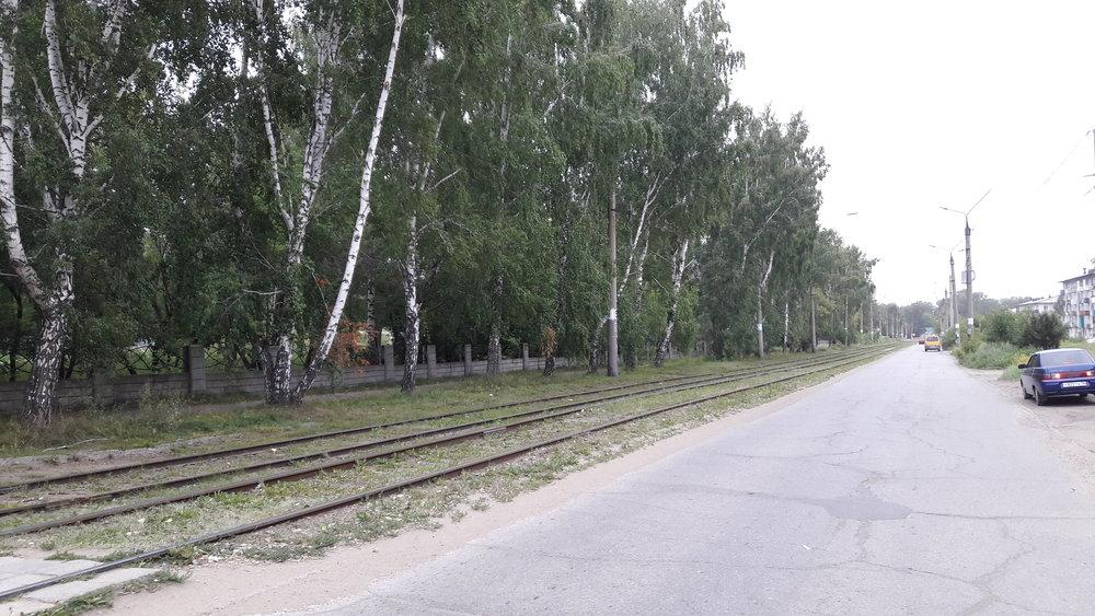 Pohled směrem k zastávce Gostinica.