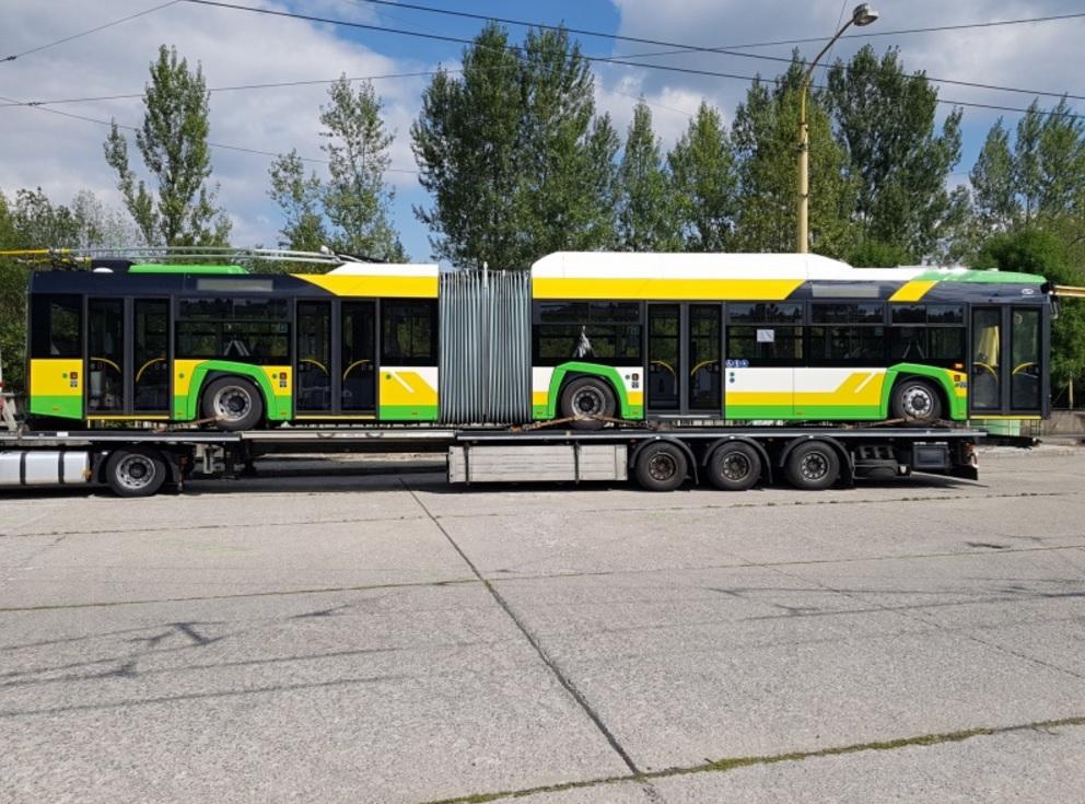 Žilina je nejen prvním provozovatelem trolejbusů postavených na bázi Nového Urbina (Nového Trollina) na světě, ale také prvním slovenským městem, které pořídilo trolejbusy s karoserií polského výrobce. (foto: DPMŽ)