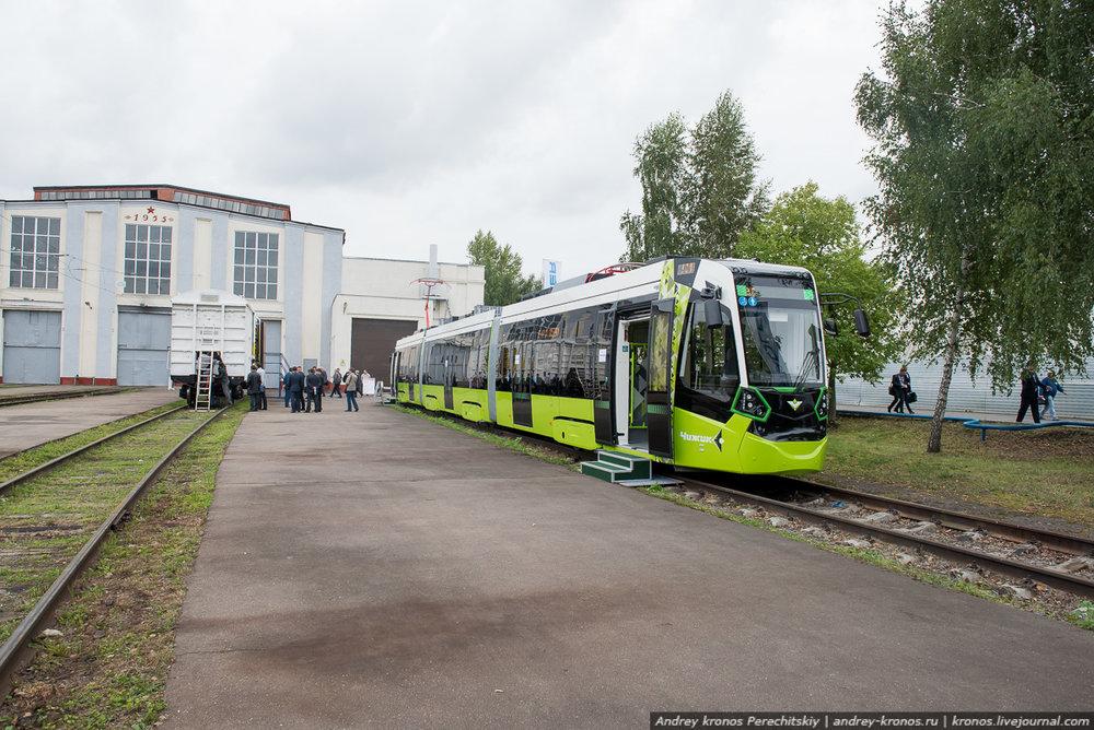 Prvních šest z celkem 23 objednaných tramvají přijde do Petrohradu do počátku listopadu t. r.