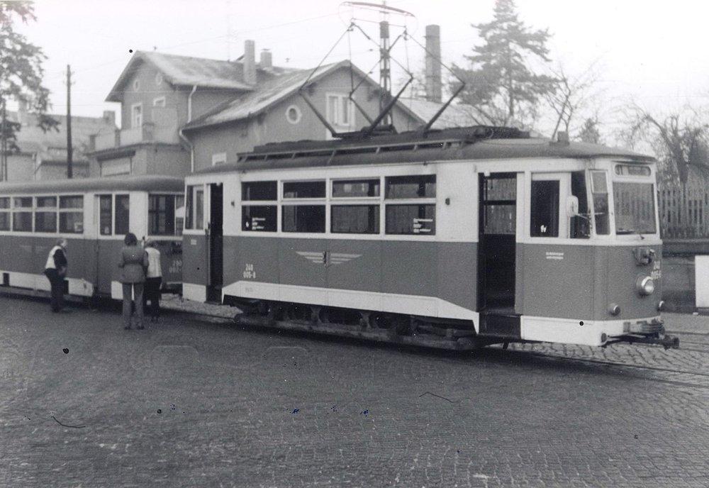 Na Lockwitztalbahn sloužily také motorové vozy převzaté z Erfurtu. Část z nich byla poté předána do nedalekého Bad Schandau. (zdroj: Wikipedia.org)