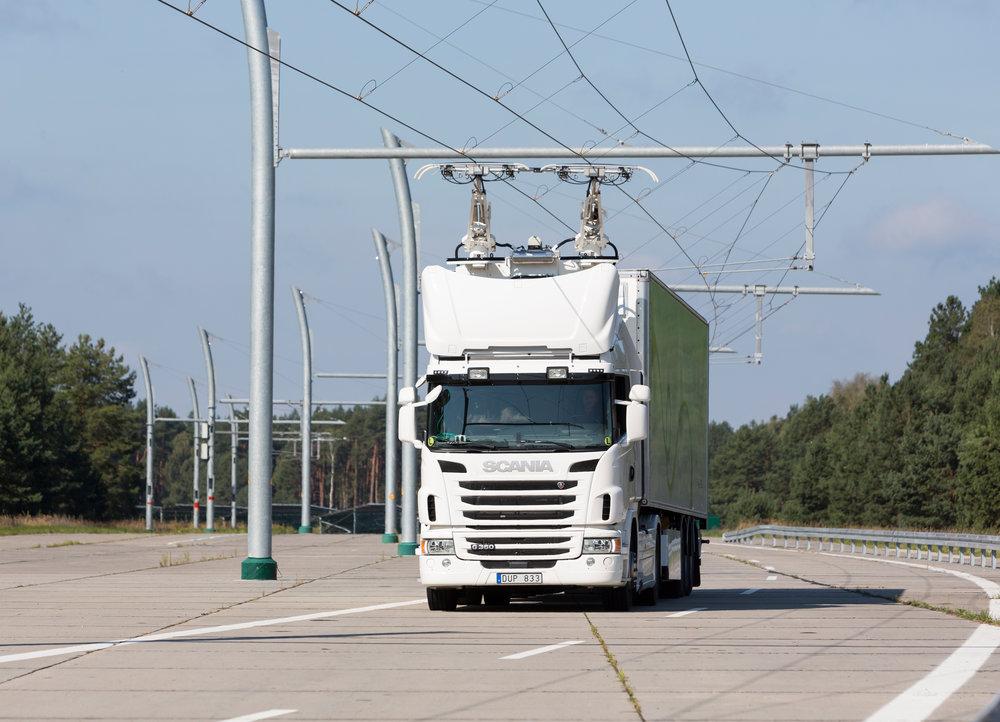 Siemens rozjel svou spolupráci na vývoji nákladních vozidel s vrchním přívodem proudu se Scanií. (foto: Siemens)