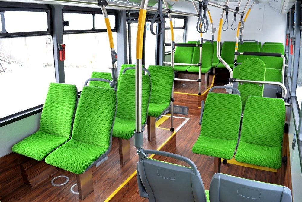 Pohled do interiéru vozidla SOR EBN 9,5 pro Nový Jičín. (foto: redakce)