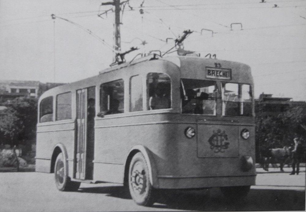 Vůz typu O.T.C. 4 působil netradičně, ale sympaticky.(foto: archiv G. Mullera)