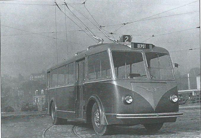 Vůz typu CS 55 v Bordeaux. (foto: VETRA / archiv G. Mullera)