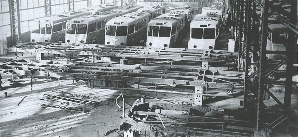 Na snímku z roku 1948 vidíme licenční výrobu Veter CS 60 v závodě MMyC ve španělské Zaragoze. (foto: sbírka J. M. Valero)