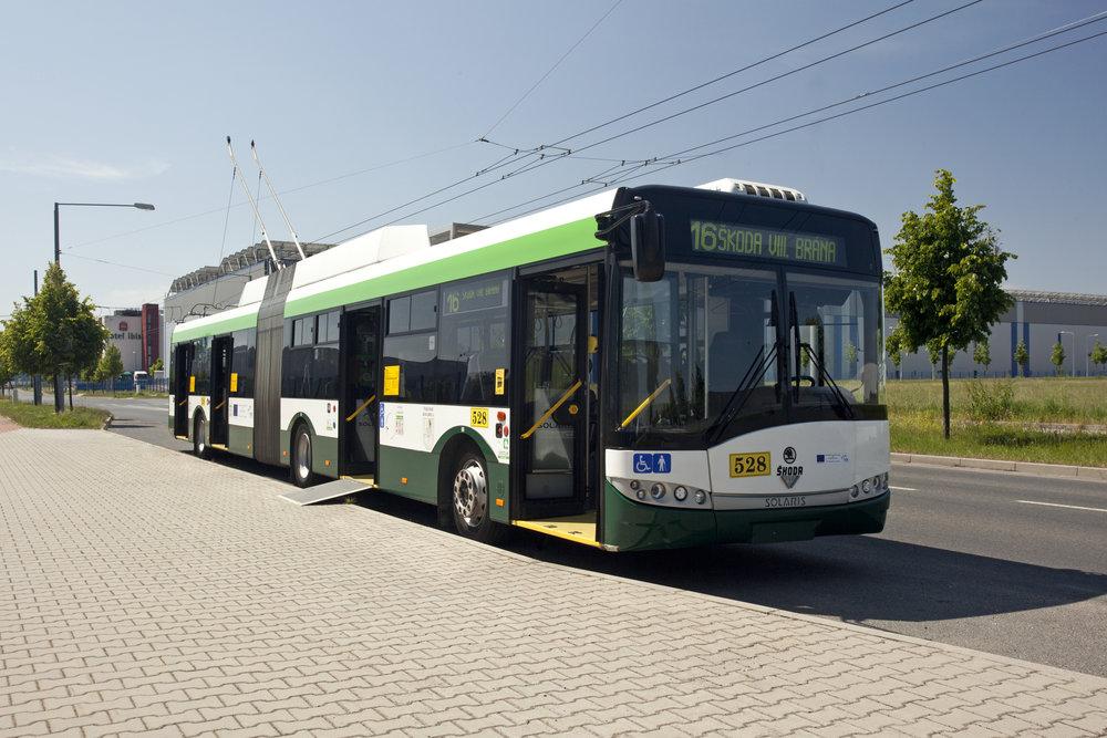 Trolejbus Škoda 27 Tr na propagačním snímku výrobce. (foto: Škoda Transportation)