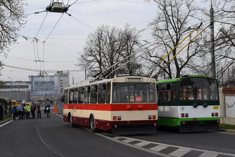 Symbolický poslední zátah krátce před půl sedmou dne 9. 4. 2018.(foto: Zdeněk Kresa)