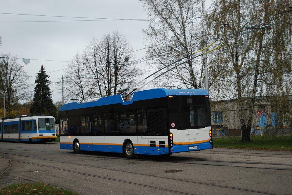 Jižbrzy by se měli cestující v Ostravě svézt také novým trolejbusem Ekova Electron 12T. (foto: Libor Hinčica)