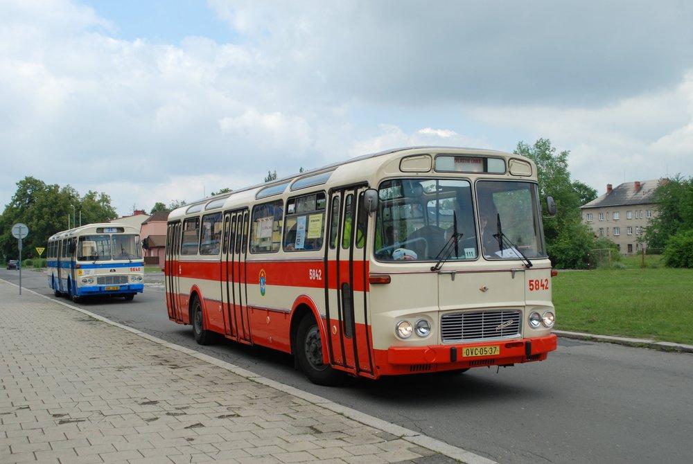 AutobusůŠM 11 měla Ostrava celkem 441, linkové vozy byly u DP města Ostravy vzácností. (foto: Libor Hinčica)