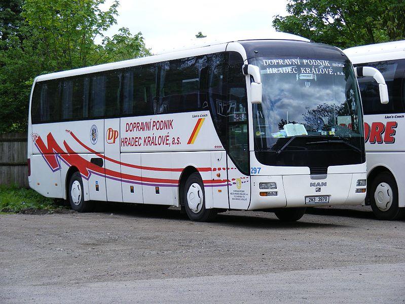 Autobus MAN Lion's Coach DP města Hradce Králové. (zdroj: Wikipedia.org, foto: Felix O)