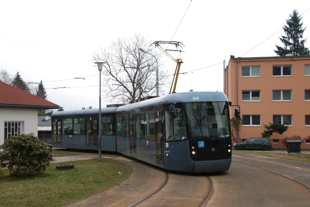 Tramvaj typu EVO2 v Liberci. (foto: Libor Hinčica)