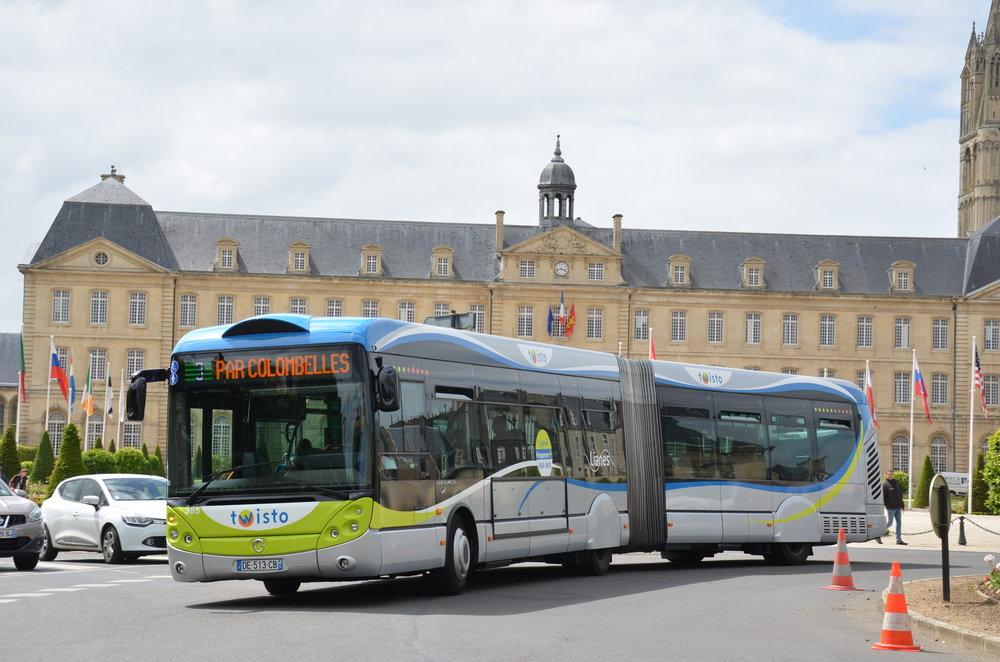 Původní provedení modelu Crealis vycházející z autobusu Citelis bylo vyráběno v letech 2008 až 2014. Prototyp byl představen v roce 2007. (zdroj: Wikipedia.org)