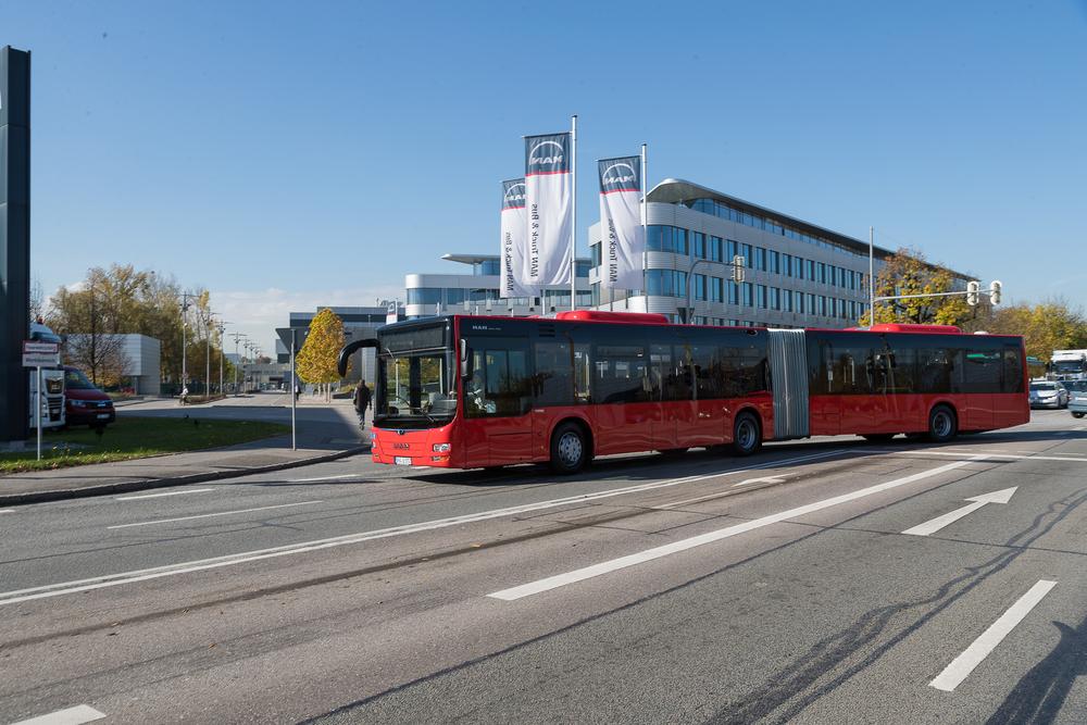 Nových autobusů by mohlo být až tisíc. Jde o největší jednorázový kontrakt na nové autobusy, které MAN Truck & Bus u DB vyhrál. MAN Truck & Bus ovládl všechny tři části výběrového řízení. (foto: MAN Truck & Bus)