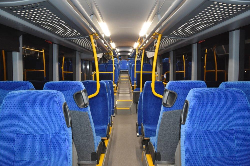 Pohled do interiéru autobusu Scania Citywide LE 14,9. (foto: Arriva Morava)