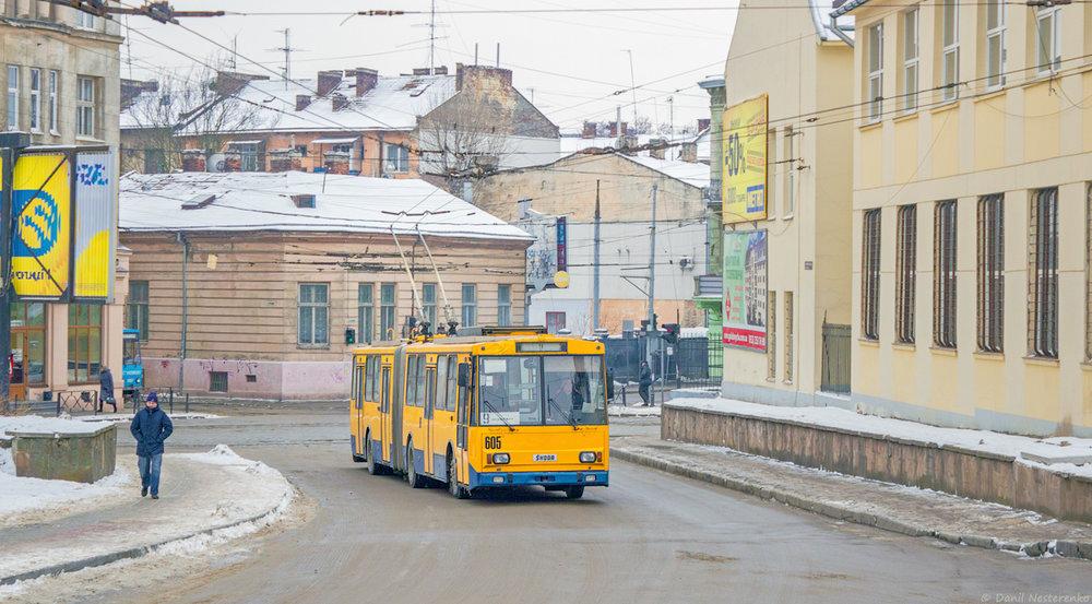 Tento ex-zlínský trolejbus těší od roku 2013 lvovské občany. Podobný došel letos do Ternopilu.(foto: Danil Něstěrenko)