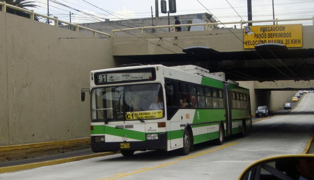 Trolejbus na snímku z roku 2011. (foto: Wikipedia.org)
