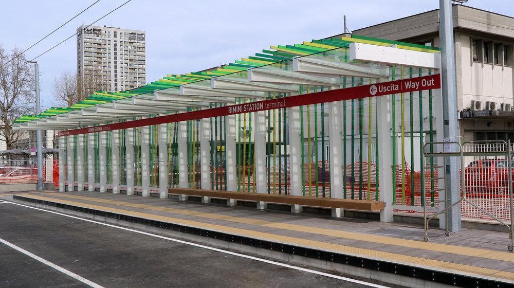 Konečná Rimini Station. Snad se jednou modernější architektury dočkáme ve větším měřítku i u nás. (foto: Patrimonio Mobilità Provincia di Rimini)