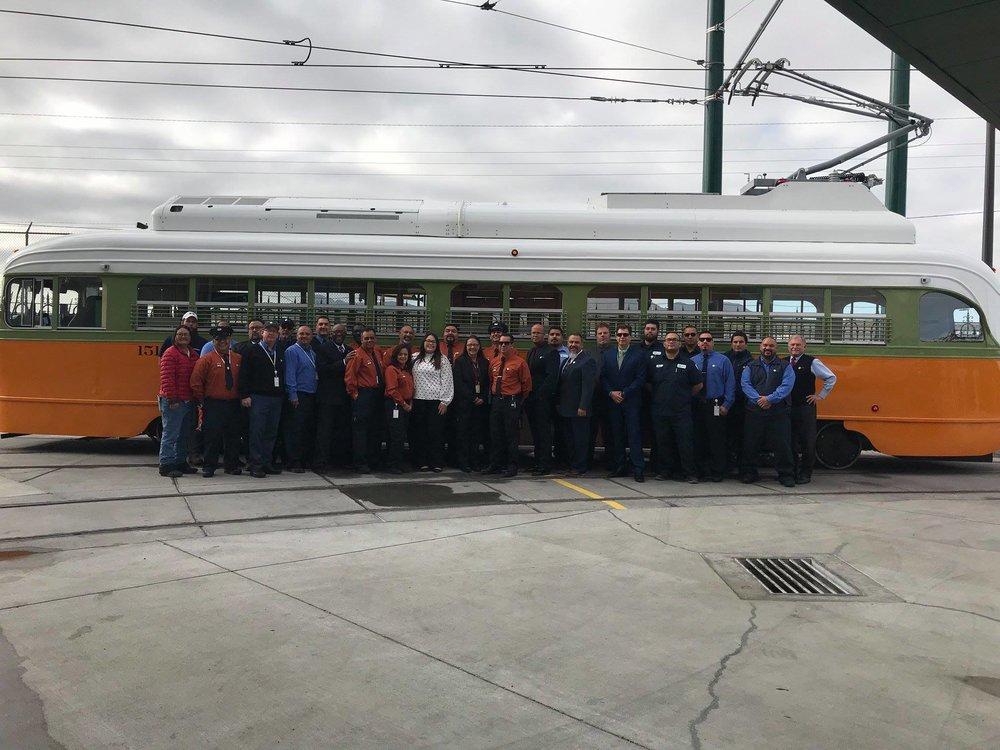 Historický omyl se podařilo napravit po 44 letech. Dne 9. 11. v 17:00 místního času se tramvaje opět do města navrátí v pravidelném režimu a až do 6. 1. 2019 budou cestující o pátcích, sobotách a nedělích vozit zdarma. (foto: El Paso Streetcar)